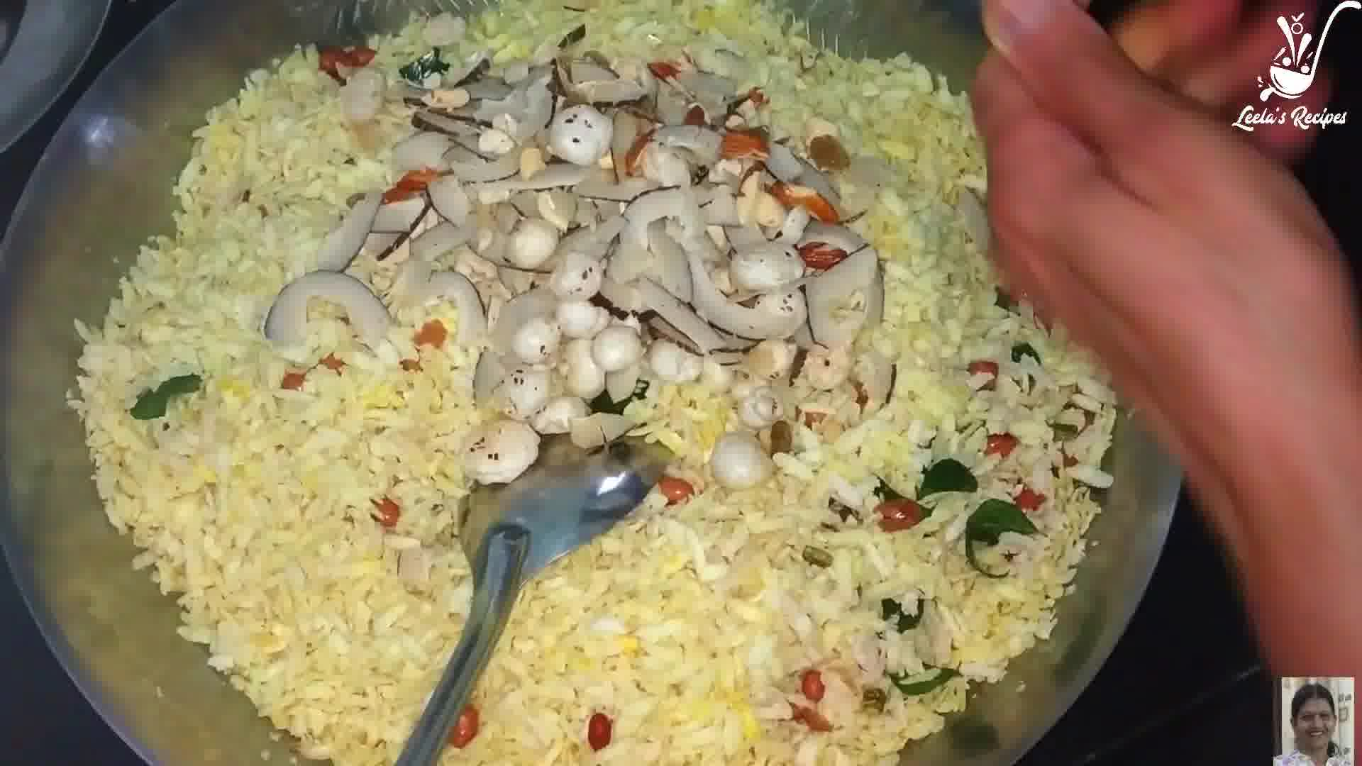 Image of the cooking step-1-6 for Poha Chivda